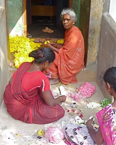 Flower Stringing, Tiruvannamalai, South India